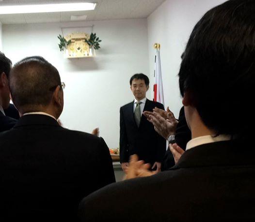 3月13日に開かれた事務所開き。決意表明する金子